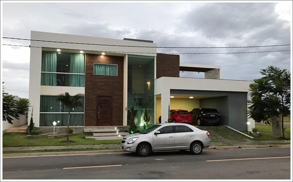 Fachada frontal do Sobrado Florianópolis construído com modificações